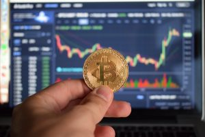 Crypto Bull: Bitcoin (BTC) Under $4,000 Driven By Emotional Overreaction