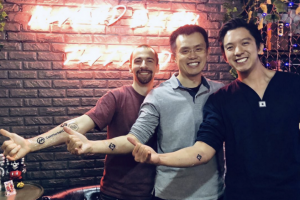 CZ Gets a Tattoo of the Binance Logo as a Symbol of His Lifelong Commitment to the Platform